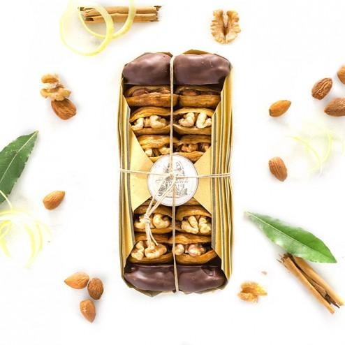 """White Italian Fig Delicacies (Stuffed with Almonds) - """"La Cilentana"""""""