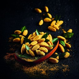 Kerala Coconut Curry Prenium Pili Nuts with Curry Leaves
